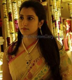 Jewellery Designs: Brahmani Nara Pearls Long Set