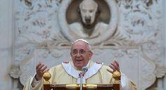 """""""Los santos son personas que pertenecen completamente a Dios"""""""
