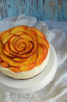 Barackos túrótorta sütés nélkül - rózsatorta  Peach rose cake with cottage cheese filling