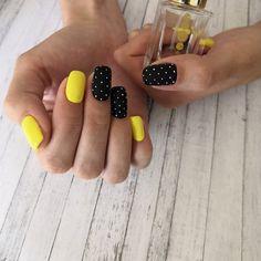 Yellow nails with polka dots Nails Yellow nails with polka dots Yellow Nails Design, Yellow Nail Art, Cute Nails, Pretty Nails, Cute Shellac Nails, Acrylic Nails, Hair And Nails, My Nails, Polka Dot Nails