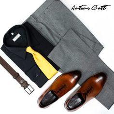 """Înainte de toate ne place să relaționăm, să ne cunoaștem clienții, să știm ce și-ar dori de la noi. Datorită acestor lucruri, vrem să vă oferim 10 motive întemeiate pentru care se merită să cumpărați piese vestimentare și nu numai din colecțiile ANTONIO GATTI. 10 motive de zece, ca să te îmbraci de la Antonio Gatti 1.   Consultanța de specialitate gratuită – după cum spuneam și mai devreme, pentru noi este foarte important să ne cunoaștem clienții care ne """"trec pragul"""" pe Men Dress, Dress Shoes, Anton, Sling Backpack, Oxford Shoes, Fashion Boards, Backpacks, Slim, Mens Fashion"""