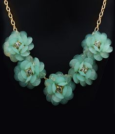 Hawai 5 Green Lined Floral Neckpiece For Women Karma Sutra, Neck Piece, Women Wear, Floral, Green, Gold, How To Wear, Stuff To Buy, Accessories
