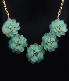 Hawai 5 Green Lined Floral Neckpiece For Women