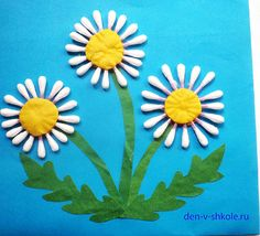 Gorgeous folded paper sunflower craft that makes a perfect summer kids craft, fun flower crafts for kids and paper crafts for kids. Kids Crafts, Summer Crafts, Creative Crafts, Easter Crafts, Arts And Crafts, Mothers Day Crafts For Kids, Craft Projects, Craft Ideas, Spring Activities