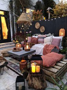 Small Outdoor Patios, Outdoor Patio Designs, Small Patio, Outdoor Spaces, Outdoor Living, Outdoor Decor, Patio Ideas, Backyard Ideas, Small Garden Ideas On A Budget No Grass