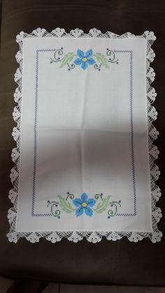 Cross Stitch Flowers, Cross Stitch Patterns, Clay Crafts, Diy And Crafts, Crochet Bedspread, Hand Embroidery Designs, Baby Knitting Patterns, Crochet Stitches, Punto Cruz Gratis