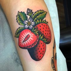 Strawberry tattoo tattoo for men tattoos tattoo tattoo japones tattoo tattoo traditional Future Tattoos, Love Tattoos, Beautiful Tattoos, New Tattoos, Body Art Tattoos, Tatoos, Sweet Tattoos, Ink Tattoo, Piercing Tattoo