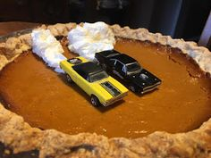 Just A Car Guy: Have fun with pies. you don& have to wait for pumpkin pie or thanksgiving. Funny Birthday Cakes, Good Food, Yummy Food, Dessert Decoration, Cute Cakes, Dessert Recipes, Desserts, Creative Food, Let Them Eat Cake