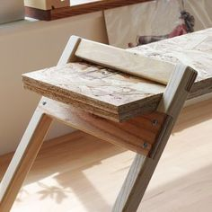Top 10 Easy Woodworking Projects to Make and Sell Get your best inventiveness with these 10 woodworking projects which are easy to build and profitable. Wooden Pallet Furniture, Diy Furniture Plans, Wooden Pallets, Kids Furniture, Furniture Design, Wooden Sheds, Easy Woodworking Projects, Wood Projects, Woodworking Plans