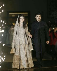 Global market Leader in Ethnic World, we serve End 2 End Customizable Indian Dreams That Reflect with Amazing Handwork & Unique Zardosi Art by Expert Workers Worldwide . Asian Wedding Dress, Pakistani Wedding Outfits, Pakistani Bridal Dresses, Pakistani Wedding Dresses, Pakistani Dress Design, Bridal Outfits, Asian Bridal, Walima Dress, Shadi Dresses