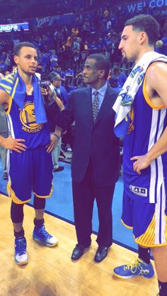Steph and Klay Basketball Jones, Golden State Basketball, I Love Basketball, Nba Players, Basketball Players, Thompson Warriors, 2018 Nba Champions, Curry Warriors, Basketball Motivation