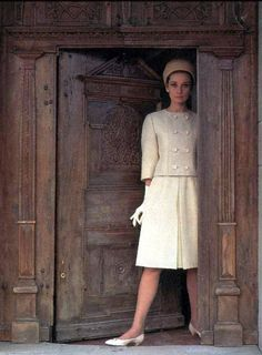 1962 Audrey wearing Givenchy suit and hat, photo by Howell Conant for Life magazine