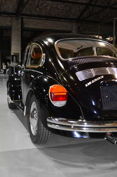 All sizes | black Volkswagen 1303 Beetle / Vocho (1970-1973) | Flickr - Photo Sharing!