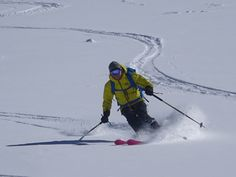 Skiing powder on the Glacier down the Vallee Noire Chamonix Mont Blanc Snow Conditions, Winter Running, Best Skis, Ski Touring, Ski Chalet, Skiing, Past, Powder, Tours