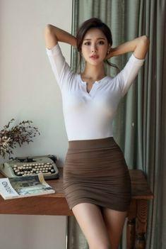 Asian Fashion, Girl Fashion, Womens Fashion, Sexy Asian Girls, Hot Girls, Beautiful Asian Women, Beautiful Eyes, Asian Woman, Beauty Women