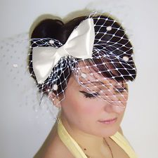 Cute bow fascinator