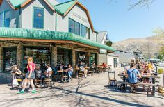 An iconic place in Wanaka, Kai Whaka Pai is one of the busiest and exciting spots to checkout . The food and drinks here are up to a really high standard but not too pricey so you don't miss out. Grab a drink, a bite to eat and simply relax while you enjoy the sunshine.