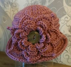 Check out this item in my Etsy shop https://www.etsy.com/uk/listing/506547477/vintage-style-hat-6-12-months-girls-hat
