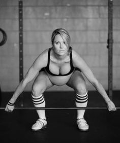How do you all feel about this pregnant woman doing crossfit? We want to hear your opinions!