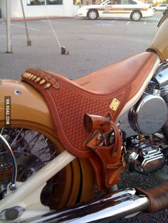 Motorcycle Leather Saddle Seat With Gun Holster Motorcycle Seats, Motorcycle Leather, Bike Seat, Bagger Motorcycle, Motorcycle Gloves, Gun Holster, Leather Holster, Leather Gloves, Motos Vintage