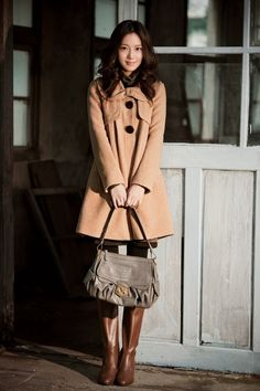 Moon Chae Won Selly's fall collection 2010