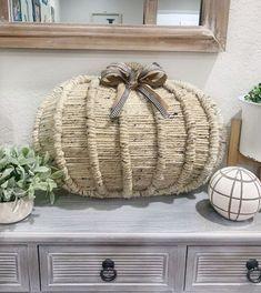 Pumpkin Topiary, Pumpkin Candles, Pumpkin Centerpieces, Pumpkin Wreath, Diy Pumpkin, Fall Pumpkin Crafts, Easy Fall Wreaths, Diy Fall Wreath, Fall Diy