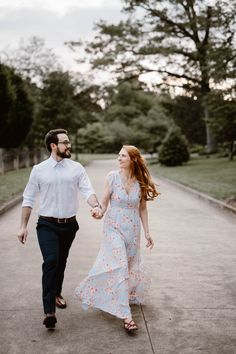 Sequoyah Park is a favorite for locals. It's understated beauty is the perfect background for engagement photos along the Tennessee River. Engagement Outfits, Engagement Session, Engagement Photos, Engagement Photographers, Perfect Fit, What To Wear, White Dress, Park, Couple Photos