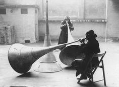 Michelangelo Pistoletto. Le Trombe del Giudizio, 1968.