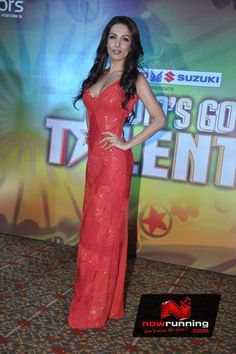 Malaika Arora at IGT Launch. More pictures at http://www.nowrunning.com/event/bollywood/karan-malaika-and-kiron-kher-at-igt-launch/56704/gallery.htm