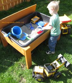 Sand or Water Table | Do It Yourself Home Projects from Ana White #Plan