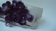 AtelierEdytaLoukia - Beautiful white clutch with purple flowers. Perfect for bridesmaids