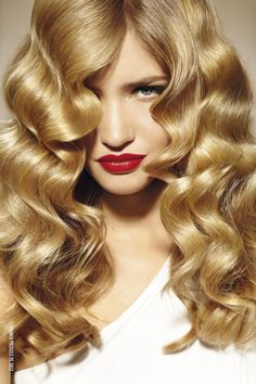 Beauty : Big Hair Waves | #inspiredby