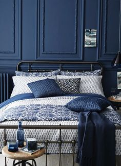 Home Accessories navy blue bedroom stiffkey blue For more inspiration visit navy blue bedroom stiffkey blue For more inspiration visit Navy Blue Bedrooms, Blue Rooms, Navy Blue Bedding, Dark Blue Bedroom Walls, Blue Bedroom Decor, Bedroom Themes, Country Bedroom Blue, Blue Feature Wall Bedroom, Midnight Blue Bedroom