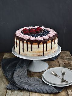 Slavnostní narozeninový dort - piškot + mascarpone krém Tiramisu, Cheesecake, Food And Drink, Cookies, Baking, Birthday, Sweet, Ethnic Recipes, Food Cakes
