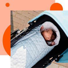 Vi presentiamo l'accessorio must-have per il neonato. Compatibile con tutte le navicelle Bugaboo, è stato creato per offrire calore e protezione quando esci con la carrozzina nei primi mesi di vita. Vieni a scoprirlo in negozio. Bugaboo, Baby Car Seats, Children, Shopping, Young Children, Boys, Kids, Child, Kids Part