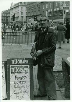Legendary newspaper seller outside Boots, Dundee. Dundee City, Online Scrapbook, Back In The Day, Historical Photos, Great Britain, Old Photos, Childhood Memories, Scotland, Nostalgia