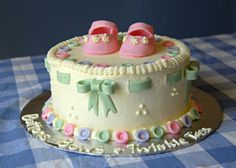 button ribbon birthday cakes | buttonsbows2