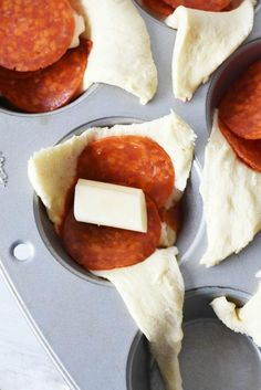 Pepperoni & Cheese Pizza Bombs- Ready to experience the easiest to make pizza recipe? Serve these pepperoni & cheese pizza bombs at your next party & win! Pizza Recipes, Appetizer Recipes, Snack Recipes, Cooking Recipes, Pizza Appetizers, Pizza Snacks, Skillet Recipes, Cooking Tools, Easy Cooking