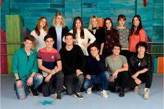 New Disney Channel Shows, Spanish Tv Shows, Image Fun, Son Luna, Christmas Colors, Photo Editing, It Cast, Wattpad, Celebrities