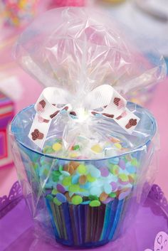 After your party is over, wrap up your decorated cupcakes in individual containers for take-home.