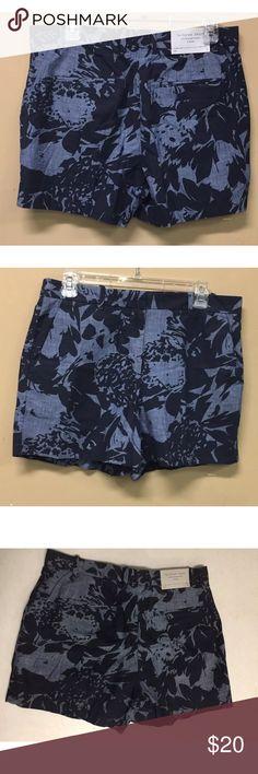 Gap Tropical Print Chambray Tailored Shorts Size 8 Gap Tropical Print Chambray Tailored Shorts Size 8 GAP Shorts
