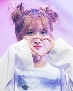 TWICE MOMO (모모)さんはInstagramを利用しています:「[Fantaken] MOMO ♡ 161024 TWICECoaster Showcase | credit: Ring Ring Ring ; - posting before i go back to my hwk psst i've so many things to…」