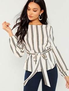 c1375c7862 Product name: Waved Print Trim Short Sleeve Blouse at SHEIN, Category:  Blouses