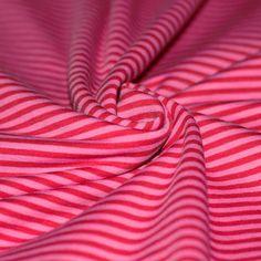 Qualité: 92% Coton 8% Élasthanne Largeur: 160 cm Poids: 210 grammes/m2Code produit: 328525  - 9,95 €/m