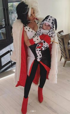 Nikki And Brie Bella, Cruella Deville, Cute Baby Pictures, Mommy And Me, Ny Times, Cute Babies, Sons, Halloween Costumes, Dress Up