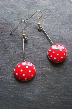 Boucles d'oreilles rockabilly: rouge à pois blancs