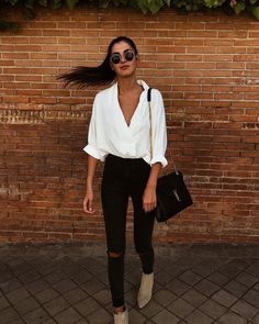 35 Stylish Streetwear Outfits For Women To Look Gorgeously Fashionable - Page 3 of 3 - Style O Check Mode Outfits, Casual Outfits, Fashion Outfits, Womens Fashion, Fashion Trends, Fashionable Outfits, Latest Fashion, Office Outfits, Black Outfits