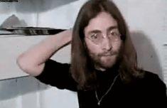 the beatles gif John Lennon And Yoko, John Lennon Beatles, I Am The Walrus, Just Good Friends, Beatles Love, Strawberry Fields Forever, The Fab Four, Gifs, Ringo Starr