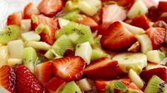 Fruktsalat - MatPrat Norwegian Christmas, Pudding Desserts, Fruit Salad, Wedding Cakes, Baking, Dinner, Sweet, Recipes, Food