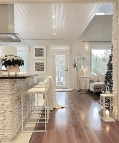 ↗ 60 Beautiful Wooden Flooring Decoration Ideas Wooden Flooring Can Really Give A Home A Heart 12 Dream House Interior, Luxury Homes Dream Houses, Dream Home Design, Modern House Design, Home Interior Design, Nordic Interior, Interior Colors, Interior Livingroom, Apartment Interior